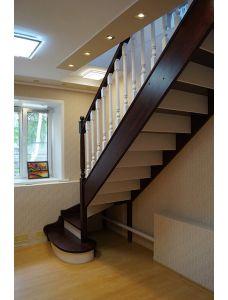 Деревянная лестница №1
